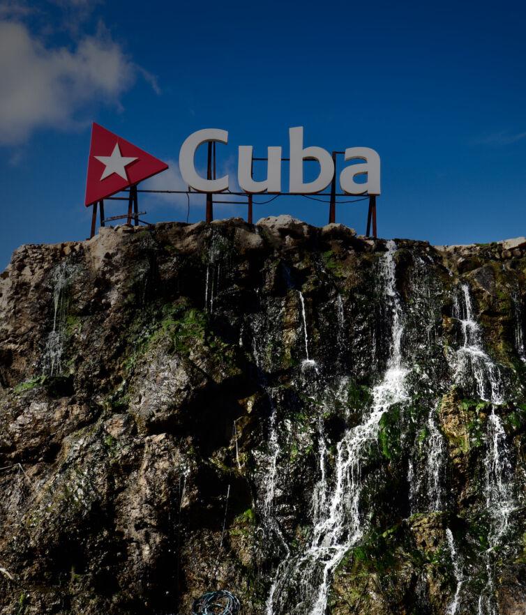 cuba-landmark-sighn-cover